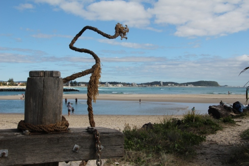 Winner of the SWELL sculpture aware, Lost and Found by NSW artist Ingrid Morley, reflects