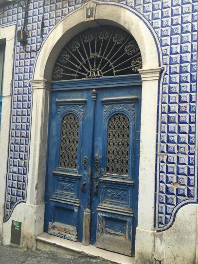 lisbon-door