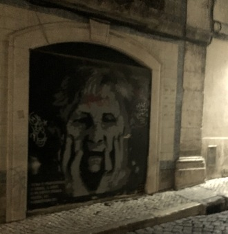old-lady-street-art