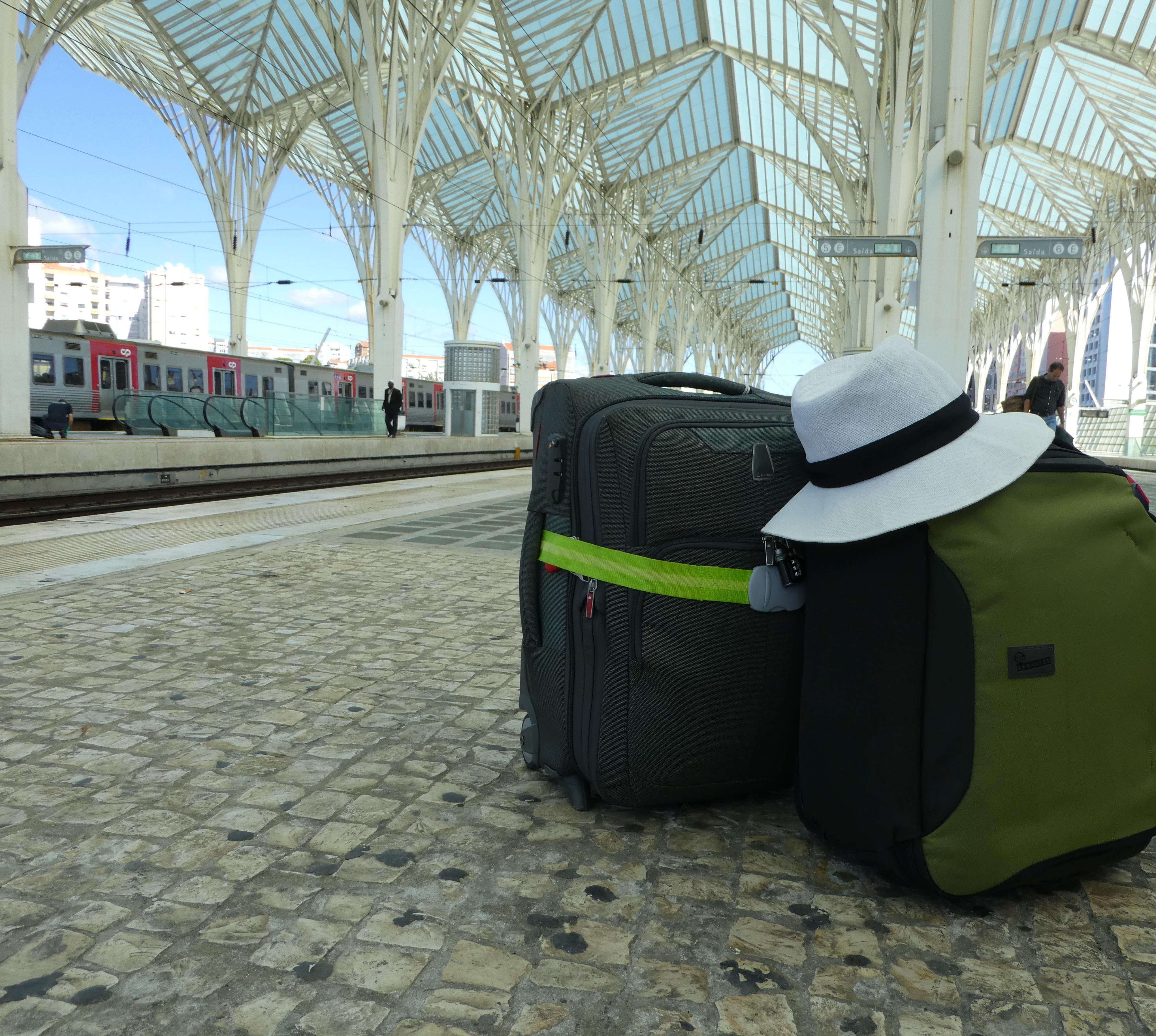 Lisbon station - travelling light