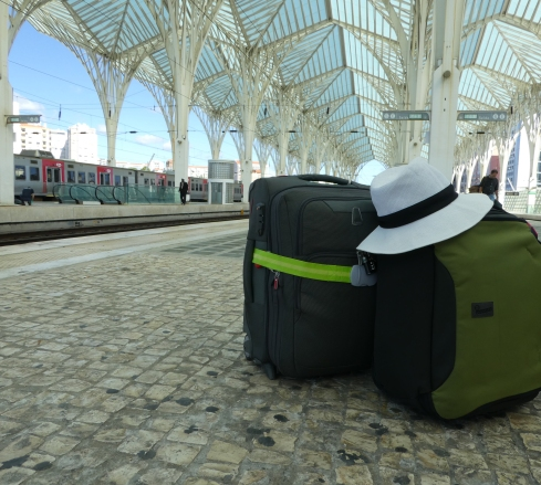 Lisbon station - travelling light